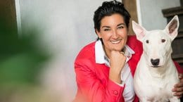 Daniela Ben Said mit Hund Fine